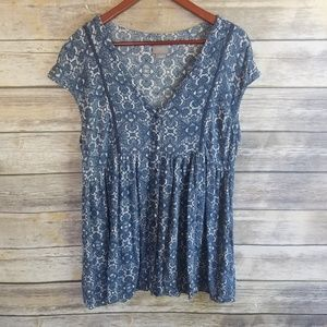Anthropologie Vanessa Virginia Flowy Geometric Top